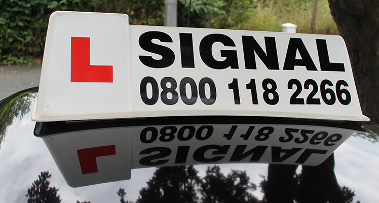 Driving Lessons in Croydon - Signal Driving School
